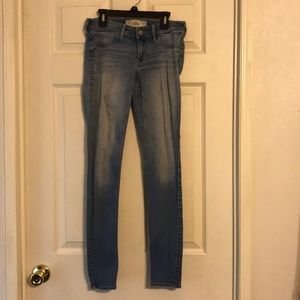 Hollister Size 5 Regular, Light Skinny Jeans